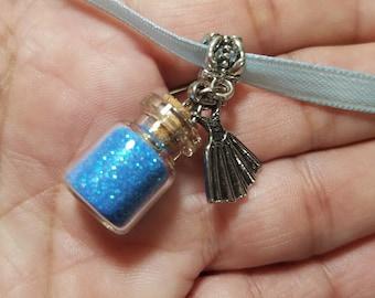 10 Cinderella Powder Necklaces favors