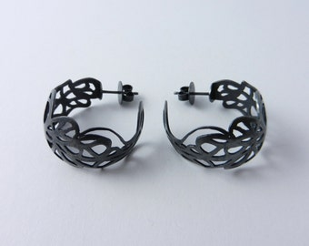 Hoops made of 925 / - sterling silver blacked out