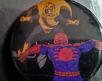 1 inch spiderman vs. hobgoblin pin