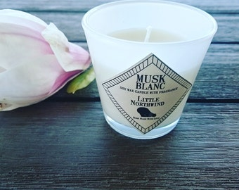 Musk white soy wax candle