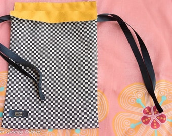kinchaku/Japanese Style pouch-Kimono chirimen-