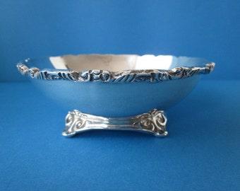 "Hallmarked Vintage Sterling Silver Bowl 5.3"""
