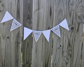 White Mr & Mrs banner