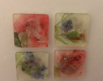 Set of 4 Very Pretty Floral  Magnets