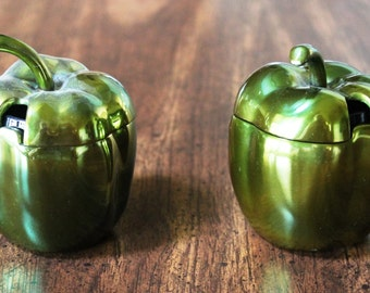 Green apple, condiment dishes, cast metal