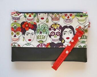 Clutch with wrist strap, Frida and skulls