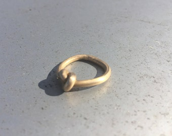 Brass knot ring to celebrate strong ties