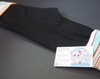 Black expandable pants lineage