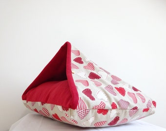 ChillOut Handmade Dog Cave Bed - Small