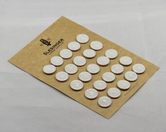 """DORSET BUTTONS Star Design 24"""" - Card of 25 Buttons"""