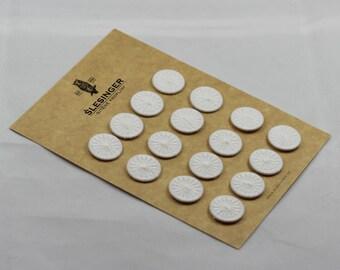 """DORSET BUTTONS Star Design 30"""" - Card of 16 Buttons"""