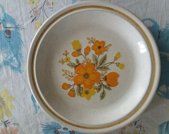 Vintage orange and yellow floral plate by color stone nikko