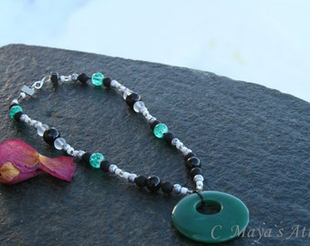 Beaded glass and agate necklace.