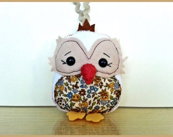 OWL sewn felt hand white beige and liberty