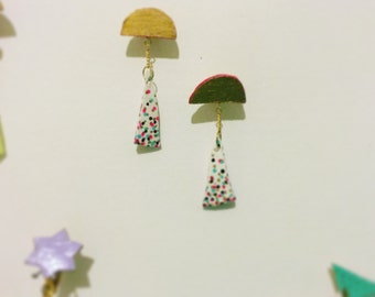 Swinging Triangle Earring <st-3>