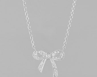 necklace of gold 14 K 28 diamonds 0.60 CT
