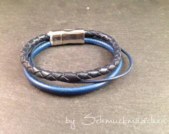 Blau earrings
