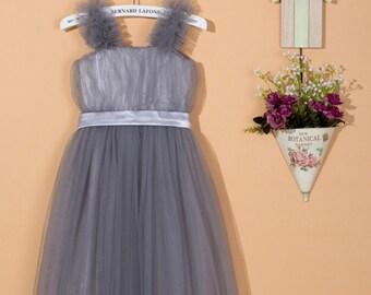Grey flower girl dress / tulle flower girl dress / silver grey toddler girl dress / grey party dress / grey tulle dress for wedding C036