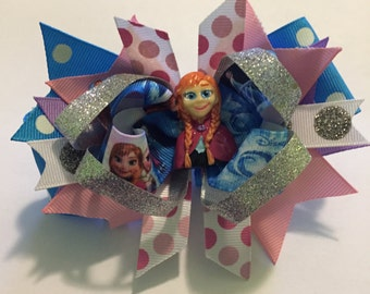 Frozen party bow