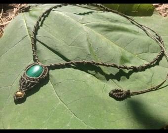 Macrame necklace / collar malachite / bohemian necklace