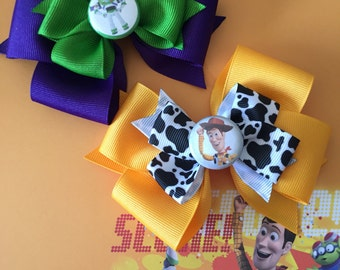 Toy Story bows featuring Woody or Buzz! Bows sold individually! (Free Shipping in US)