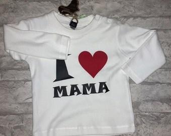 """Long-sleeved T-shirt """"i love MOM"""""""