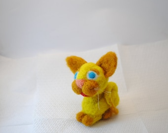 Cat needle felted.READY TO SHIP