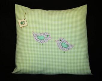 Decorative cushion birds