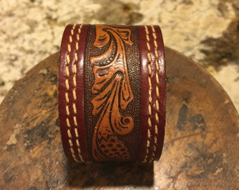 Leather cuff with burgundy trim