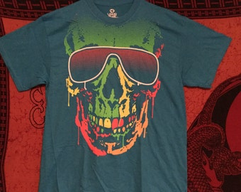 Turquoise skull T-shirt