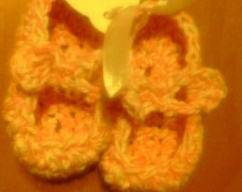 Ballerina pink baby shoes