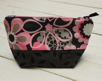 Makeup bag, purse organizer, toiletry bag, zipper pouch, clutch, pink, black, grey flowers