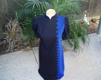 Vintage Leslie Fay Stunning Black and Royal Blue dress