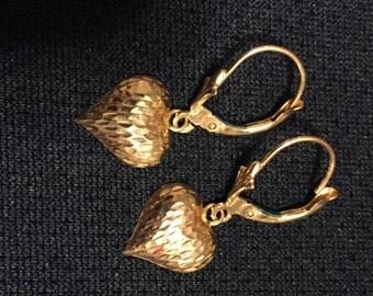 14K Yellow Gold Dangle Heart Earrings Preowned