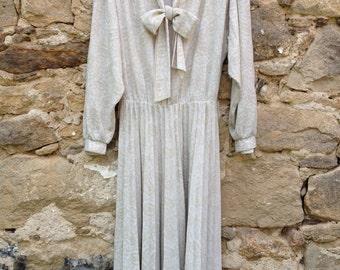80s long-sleeved dress
