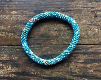 Bracelet en perles de pâte de verre, originaire du Désert du Sahara