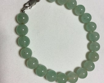 Green Aventurine beads Bracelet with a silver clasp