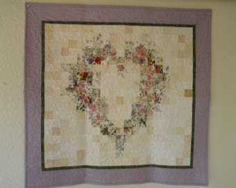 Sweetheart quilted wall hanging