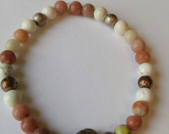 Salubrious bracelet featuring lepidolite and magnesite, 6mm.