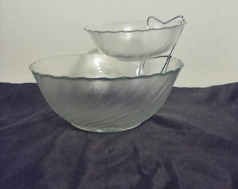 Chip and Dip Anchor Hocking Frosted Glass Swirl