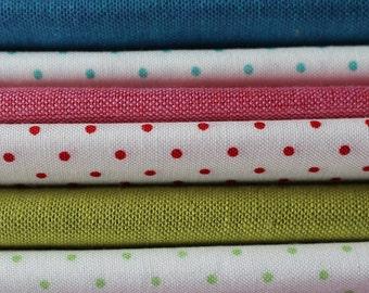 Moda Crossweave & Essential Dots Fat Quarter Bundle