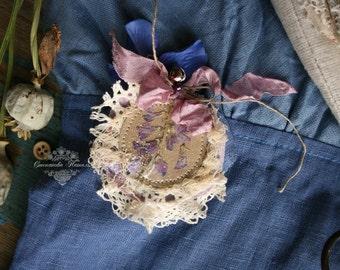 brooch boho, vintage style, linen brooch, Lapel pin, herbarium brooch