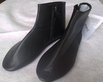 Uniquely Designed Genuine Leather Slippers
