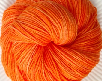 JUICY Superwash Merino Sock Yarn