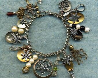 Snowflakes, a charm bracelet, snowflakes charms,vintage charms, charm bracelet, bracelets, charms vintage charms, snowflakes,unique charms