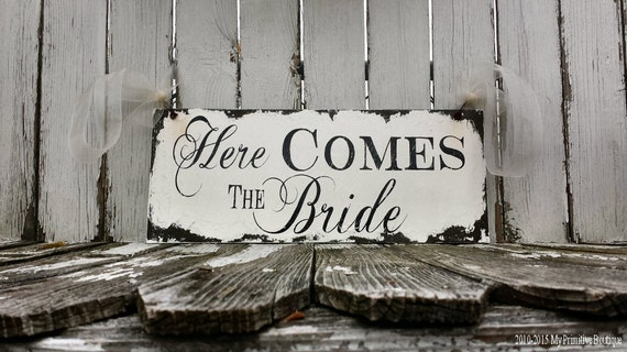 HERE COMES the BRIDE Sign / Wedding Signs / Ring Bearer Sign / Rustic Wedding Sign / Wedding Signage