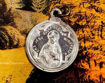 VINTAGE SCAPULAR MEDAL Sacred Heart of Jesus Latin