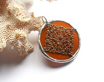Brown Stained Glass Pendant With Filigree