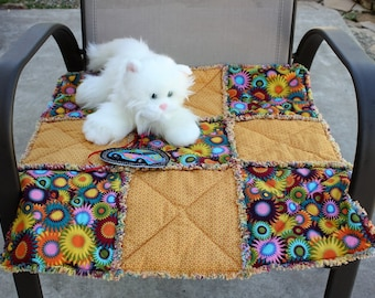 Cat Bed, Cat Blanket, Cat Quilt, Travel Cat Bed, Crate Mat, Luxury Cat Bed, Small Dog Blanket, Handmade Pet Blanket, Gold Cat Bed, Cat Mat