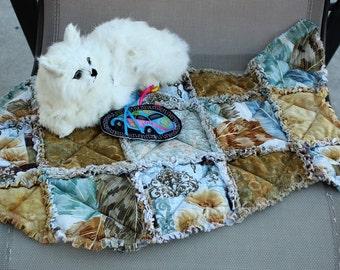 Cat Bed, Cat Quilt, Cat Accessories, Handmade Cat Bed, Cat Blanket, Cat Mat With Toy, Gold Cat bed, Fabric Cat Bed, Cat Mat, Crate Mat